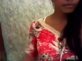 Inexperienced Indian Dolls Fellates Big Throbber Till Redness Spunk In Her Jaws