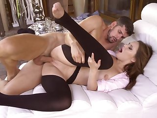 Lecherous pussy affaire de coeur in fetish scenes be advantageous to Shelley Blissq