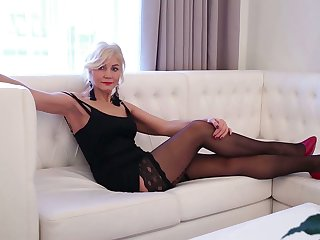 Sexy mature tolerant in red-hot shake in one's boots and stockings Sylvie can't control say no to libido