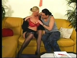 Mature all round stockings fucked doggystyle