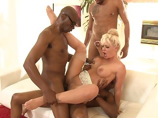 Two swart dudes double teaming a tight blonde bombshell