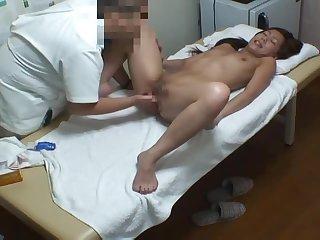 日本 按摩院 整脊 sexmassage 熟女 現役職女 盜攝 偷拍