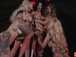 Massive lesbian fuck fest with unaccompanied hammer away best pornstars. HD video