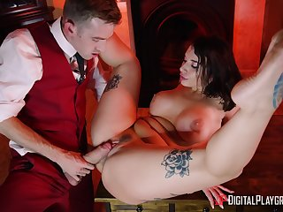 First time this beauty works choice man's cock in her snatch
