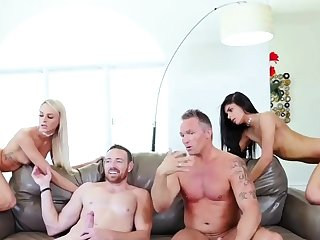 chum's daughter join loop husband fucking her mom The