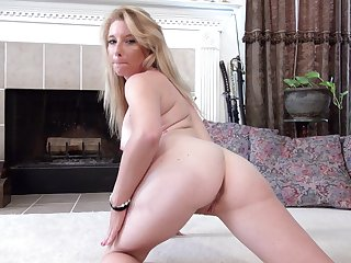 Handsome blonde chick Jasper Shelton pleasures their way step boobs and pussy