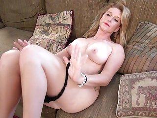 Horny mature wife Jasper Shelton fingers her shaved fuck hole