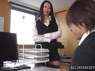 Careful fucking beyond the sofa with big tits secretary Nachi Kurosawa