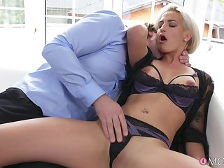 Hardcore fucking in along to morning ends with a cumshot for Nicole Vice