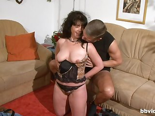 Natural boobs brunette gives a blowjob and gets fucked hard