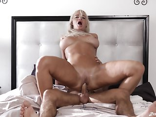 Horny grown-up London River gets licked and fucked wits her lover